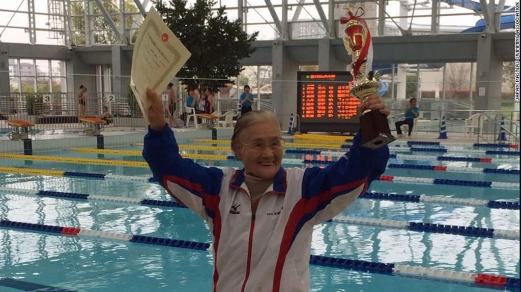 Wereldrecord 1500m zwemmen door 105-jarige